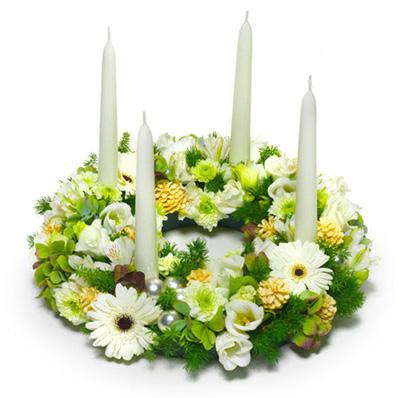 Fiori per il natale efiorista online in italia ti aiuta - Centrotavola natalizi con fiori finti ...